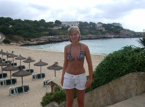Porto Colom, Spain: Me by the lovely Cala Marcal Beach (by the hotel)