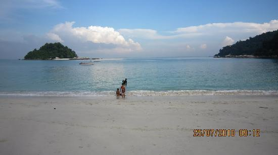 Palma Beach Resort: Great view from Coral Beach Pangkor