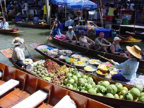 Bangkok, Thailand: Floating market