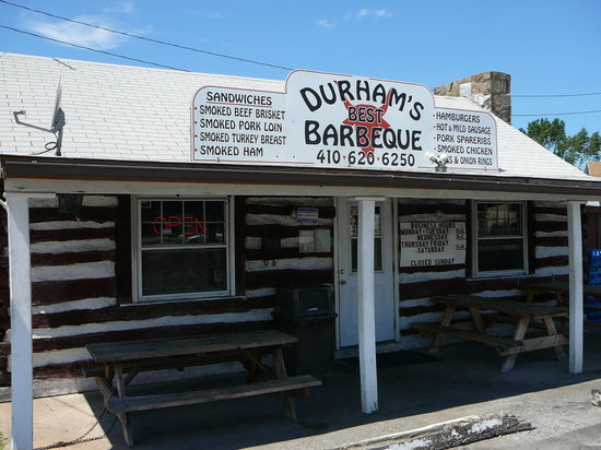 Durham's Best Barbeque: Exterior of Durham's Best BBQ