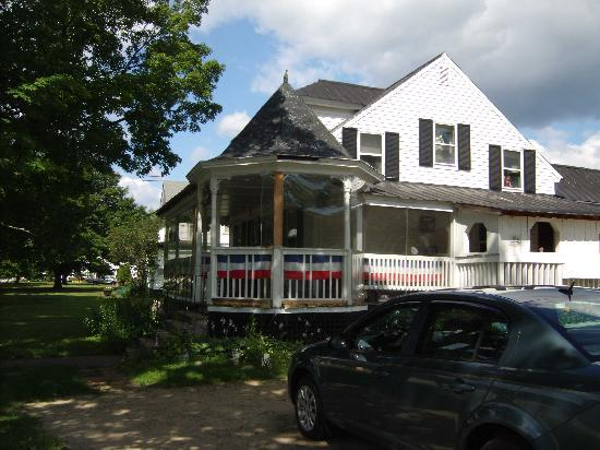 The Front Porch Cafe: the outside