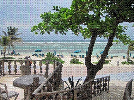 Nacional Beach Club and Bungalows Restaurant : View from Nacional