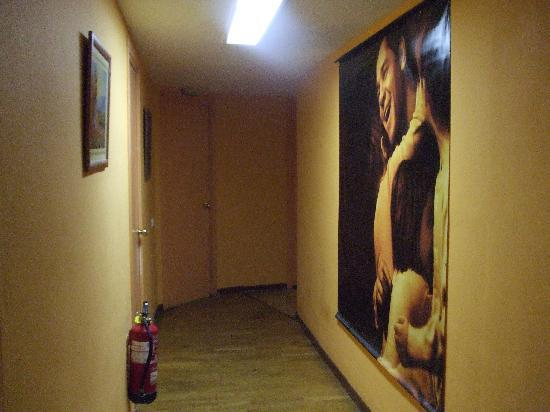 Residencia Universitaria San Marius : hallyway