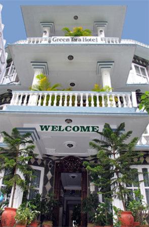 Green Tara Hotel: Entrance