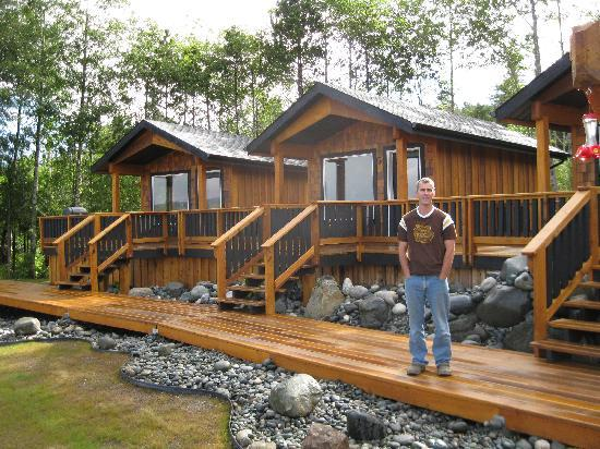 Ecoscape Cabins: Dan and his wonderful place