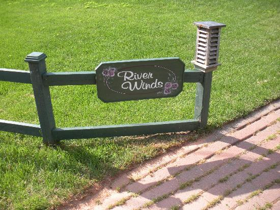 River Winds B&B : sign in front of b&b