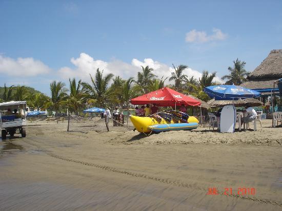 Stone Island (Isla de las Piedras): Ride the banana boats!!!