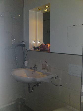 Hotel Villa Bassermann: Badezimmer von Zimmer 219