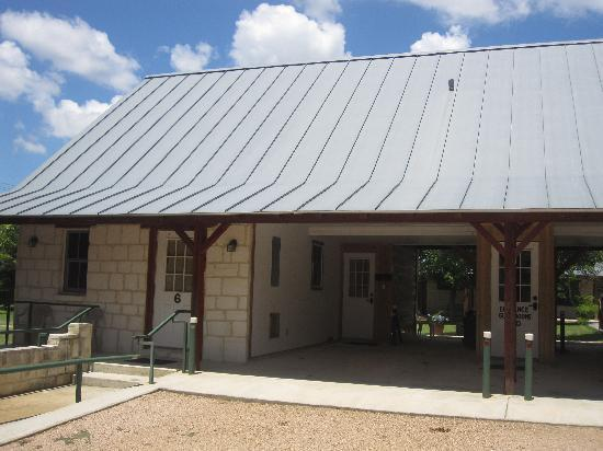 Gruene Cottages: Pecos & Sweetwater Cottage