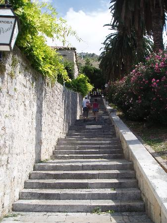 Villa Busovina: The steps leading into Old Town which must be climbed every day.