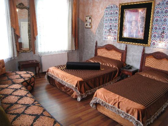 Un ba o poco ampilo photo de hotel ipek palas istanbul for Un poco chambre separee