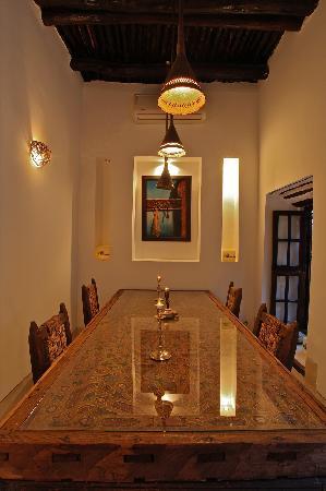 Riad Tawanza: La salle à manger