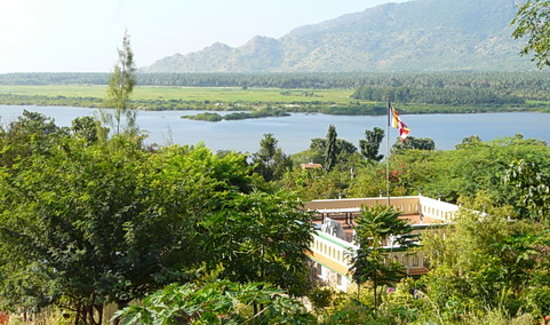 Candle House: Kamarajar Lake View