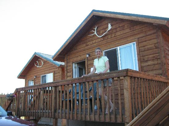 Alaskan Spruce Cabins: Our cabin