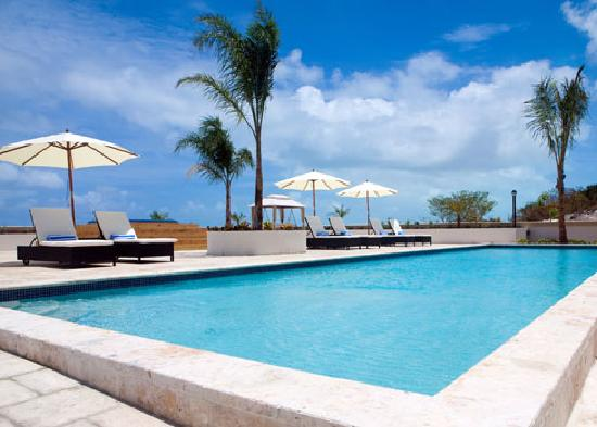 La Vista Azul Resort: Outdoor Pool