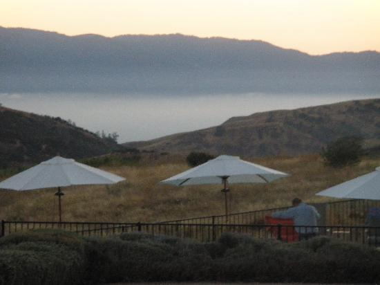 Inn at the Pinnacles Bed and Breakfast: Breathtaking view from the terrace