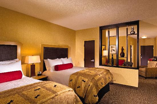 Cambria Hotel & Suites Fort Collins: Double Queen Suite