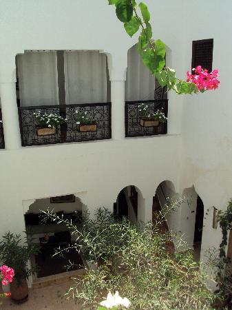 Riad Noor Charana: Riad courtyard