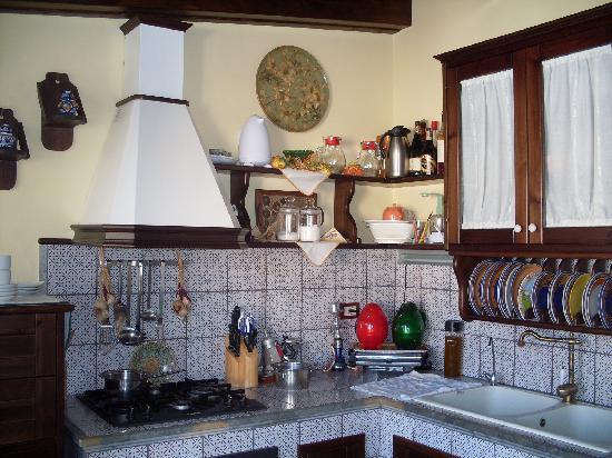 Ai Dammusi : La cucina