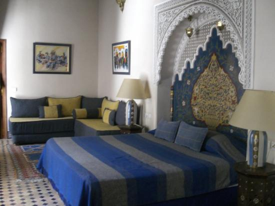 Riad Zamane: Our bed room