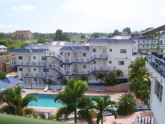 Mandeville, Jamaïque : Tropics View Hotel