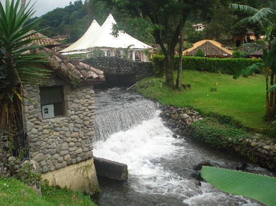 Valle Escondido Resort Golf & Spa: Hermosos paisajes del hotel