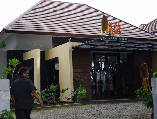 Photo of Rumah Nenek Hotel Padang