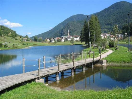 Brusago, Italy: Lago