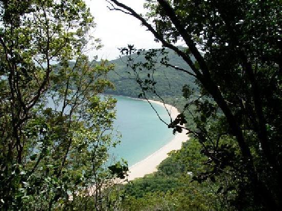 Gîtes Mangoplaya : promenade grande anse deshaies