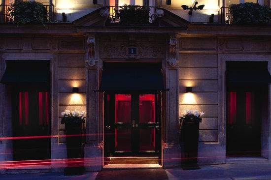 MonHotel Lounge & Spa: Entree