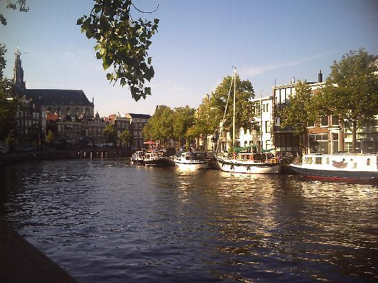 Haarlem, The Netherlands: Have coffee along the river!