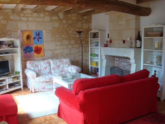 Gite La Samsonelle : Living Room
