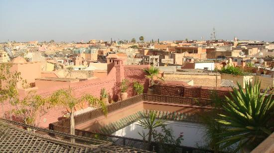 Equity Point Marrakech Hostel : Rooftop view of the city