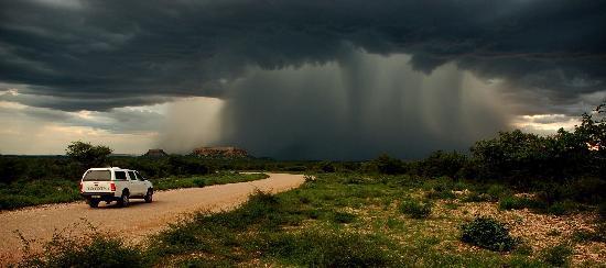 Дамараленд, Намибия: Cloudburst near Vingerklip