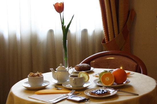 Hotel Europa Arzano: Breakfast