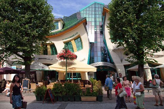 Sopot, Poland: Contorted building