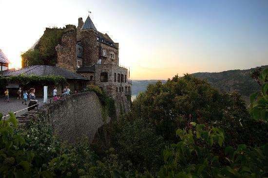 Castle Hotel Auf Schoenburg: The Hotel Castle on the Hill