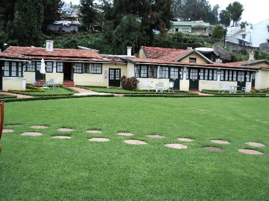 Taj Savoy Hotel, Ooty: Cottages at the Savoy