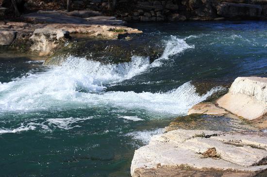 San Marcos, TX: Rio Vista Falls