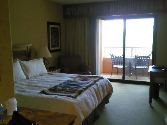 Chandler, AZ: King deluxe room