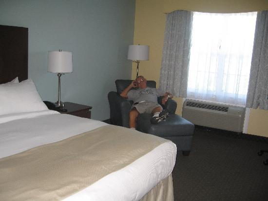 Best Western Plus Liverpool Hotel & Conference Centre: Comfy Lounger in room