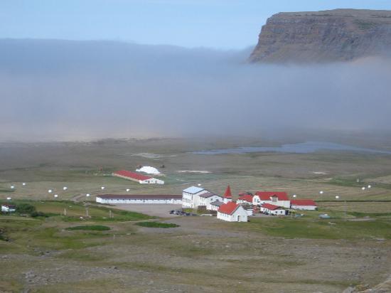 Patreksfjorour, Islândia: Farm Breidavik von der Strasse gesehen