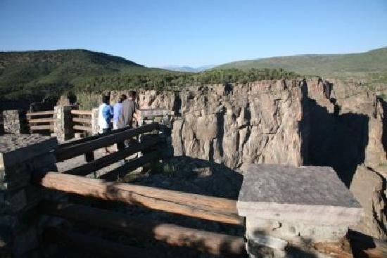 Montrose, CO: Chasm View Overlook, Black Canyon National Park