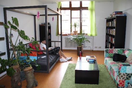 Steffi's Hostel Heidelberg: Cool common room with free internet