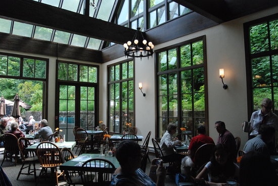 Multnomah Falls Lodge Restaurant