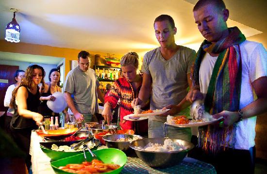 Che Lagarto Hostel Ilha Grande : Comida