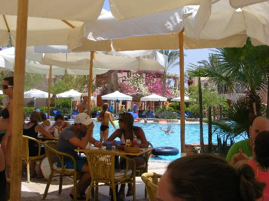 Iberotel Makadi Beach: am Pool Restaurant