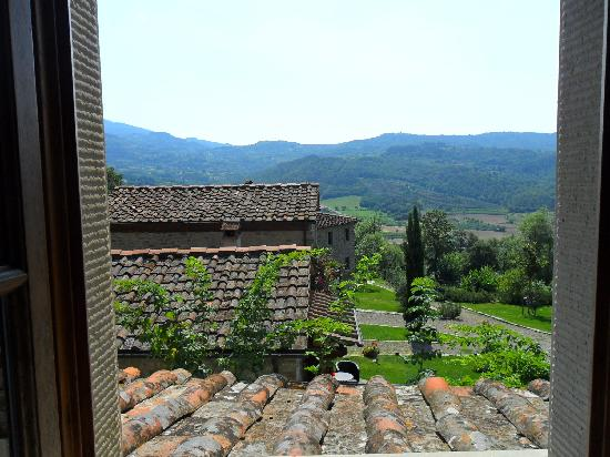 Agriturismo Azienda Agricola il Pozzo: View from our bedroom window