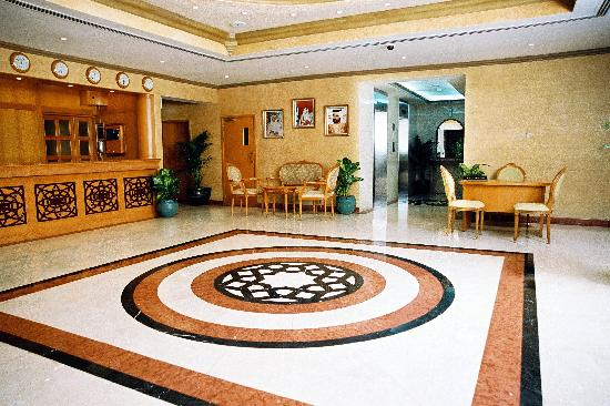 Winchester Grand Hotel Apartments: Lobby