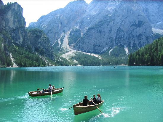 Alta Pusteria, Italia: lago di Braies